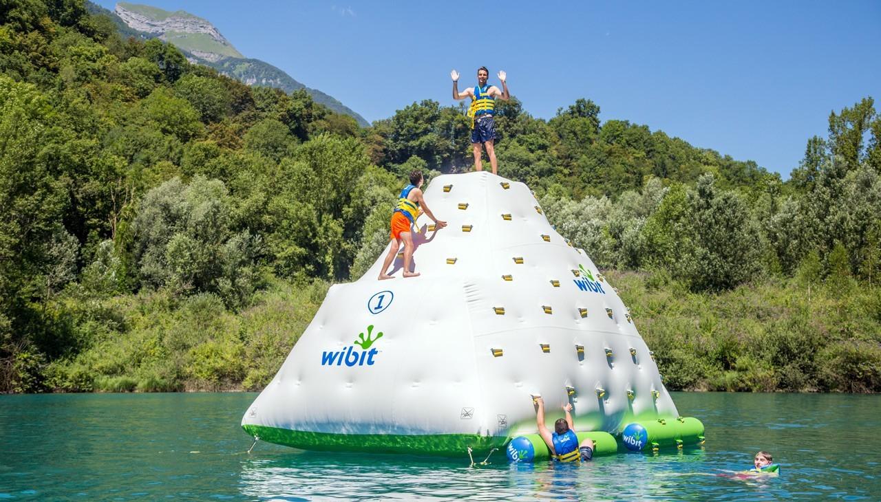 jeux aquatiques gonflables wibit aqua games water game flottant